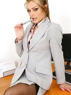 Office Secretary Erotic Pics