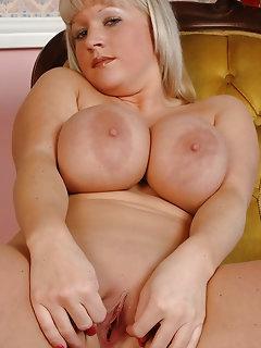 BBW Erotica Pictures