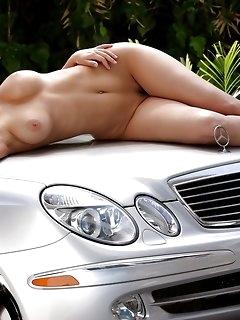 Erotic Dress Babes Pics