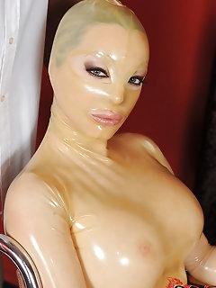 Masked Babes Erotic Pics